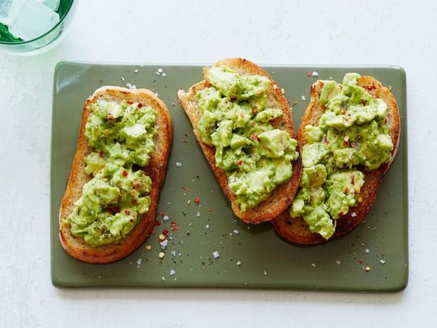 Фото Тосты с авокадо