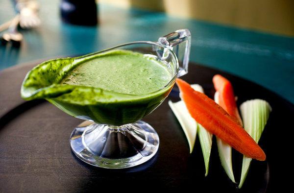 Фото Заправка «Зелёная богиня» с авокадо