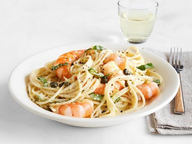 Спагетти с лимонным соусом и креветками