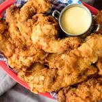 Куриные пальчики с медово-горчичным соусом