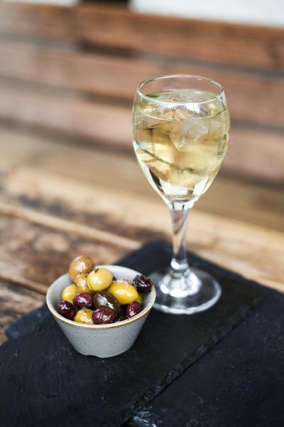 Фото Шприцер из белого вина