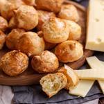 Гужеры – французские заварные сырные булочки
