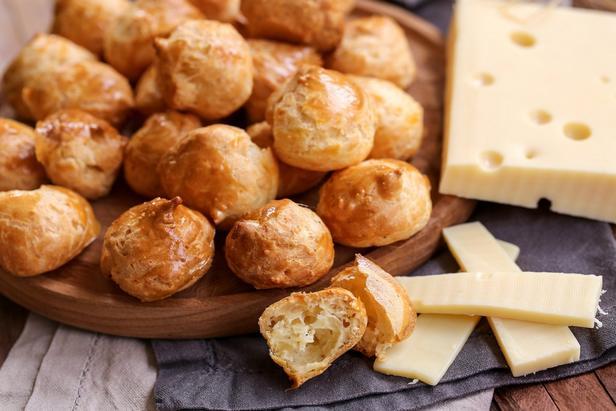 Фото Гужеры – французские заварные сырные булочки
