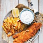 Рыбные палочки и картошка как в закусочной «Фиш-энд-чипс»