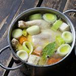 Вкусный куриный бульон для супа