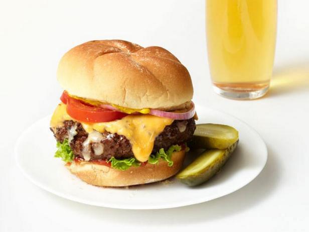 Фото Сырные чизбургеры