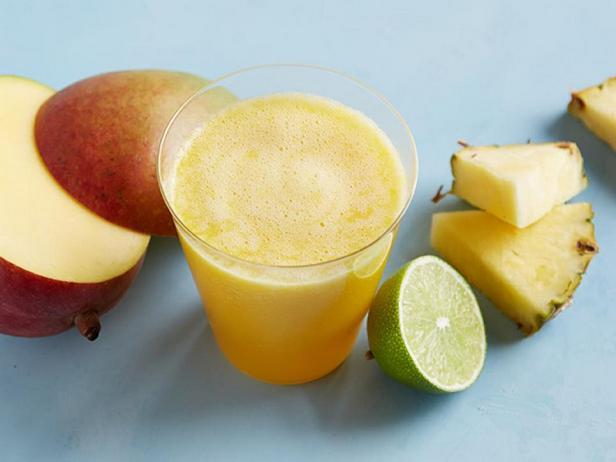 Ананасово-манговый сок