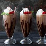 Шоколадно-солодовый молочный коктейль
