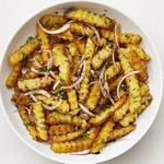 Картофель фри в горчичной заправке