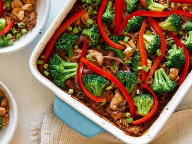 Фото Запеканка с рисом и курицей в соусе терияки