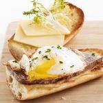 Бутерброды с яичницей «Бистро»