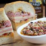 Сэндвич Муфалетта с оливками