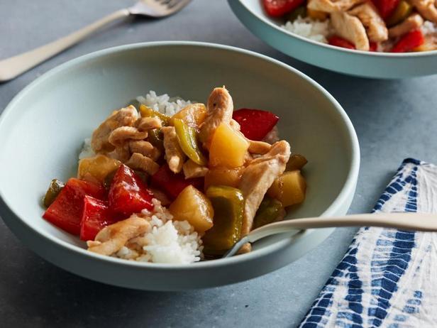 Фото Курица в ананасовом соусе с рисом