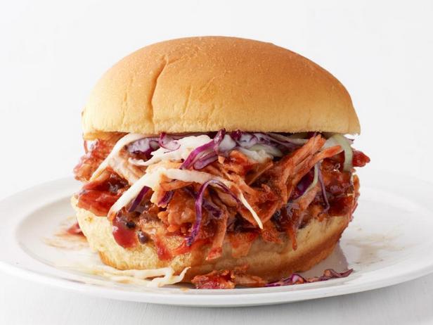 Фото Сэндвичи с рваной свининой из медленноварки