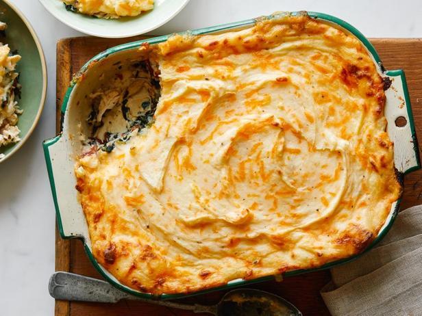 Пастуший пирог с курицей и шпинатом