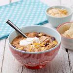 Тортилья-суп с курицей и сыром чеддер