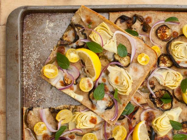 Греческая пицца из жидкого теста