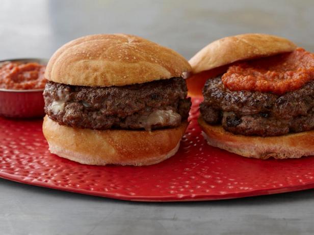 Бургер наизнанку с томатно-вустерским кетчупом