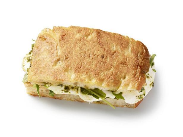 Сырный тост с песто