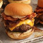 Идеальные чизбургеры с беконом