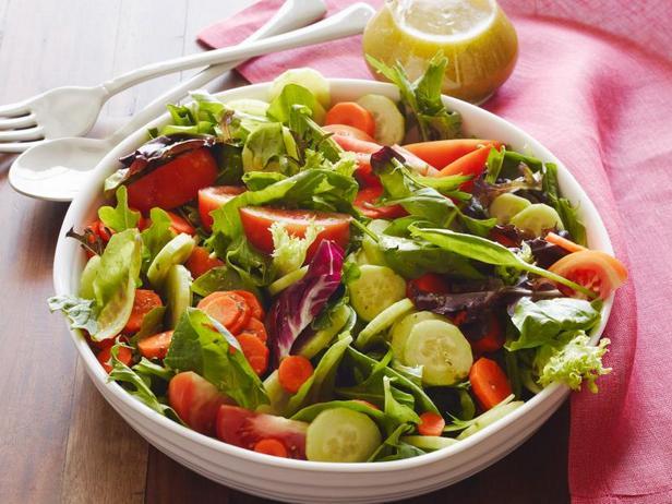 Фото Лёгкий салат в итальянской заправке