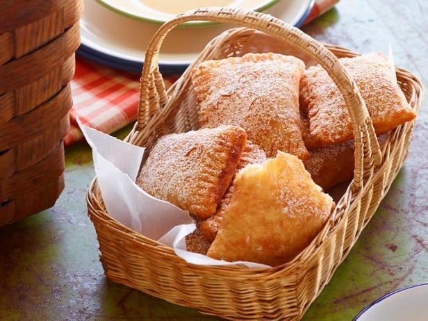 Жареные пирожки с фруктовой начинкой