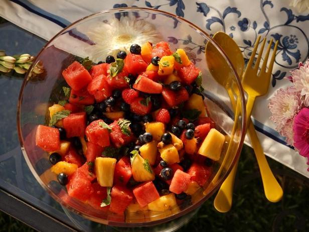 Фото Фруктовый салат в медовой заправке