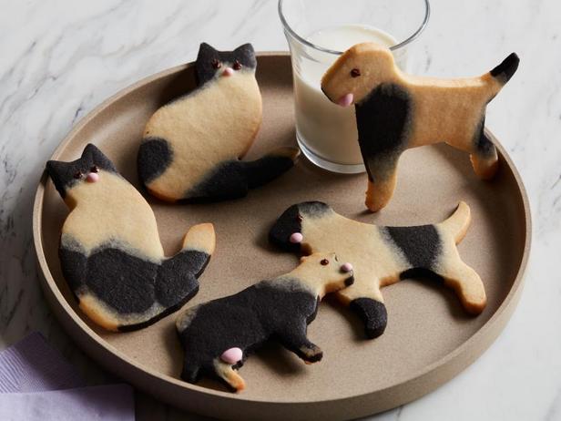 Фото Простое фигурное песочное печенье