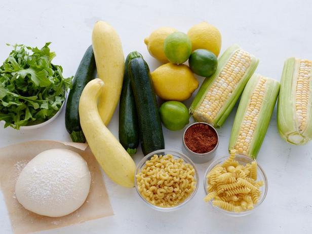 Фото Главные ингредиенты для простых летних блюд