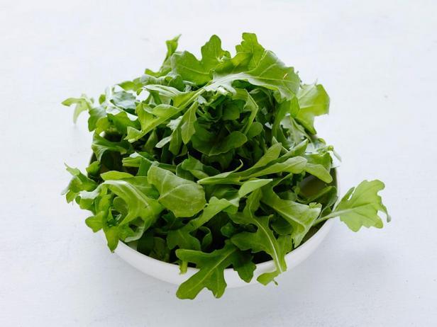 Руккола и салатная зелень
