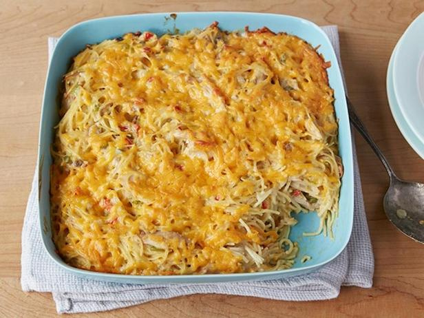 Запеканка из спагетти с курицей