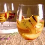 Жареные персики в вине