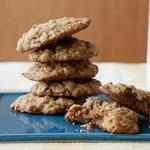Овсяное печенье с изюмом и орехами