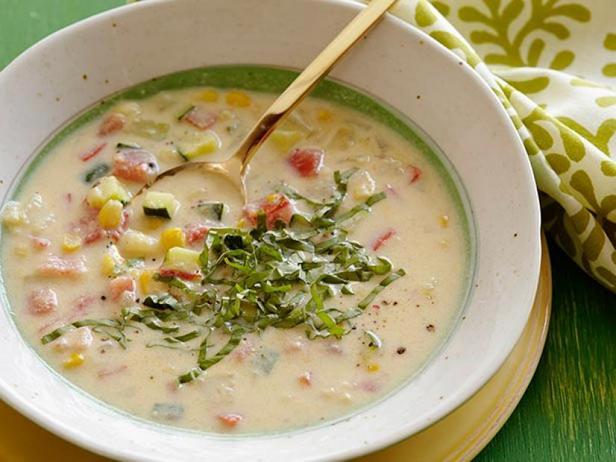 Кукурузный крем-суп с летними кабачками