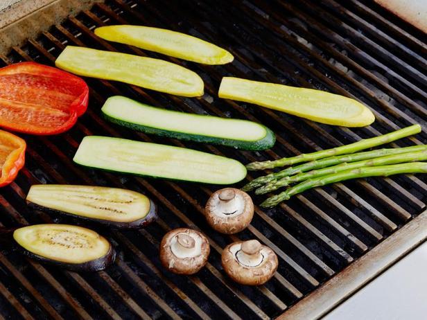Лучшая и худшая еда для летнего пикника
