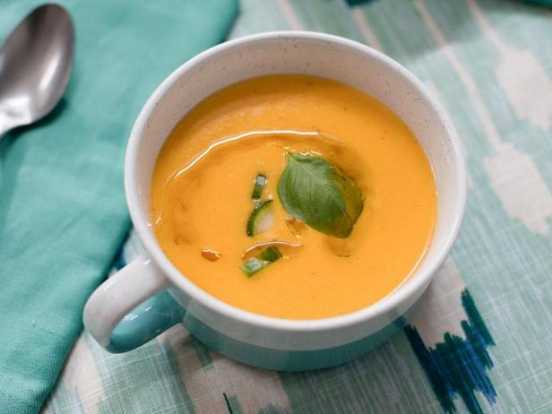 Суп-закуска Гаспачо из жареных на гриле овощей