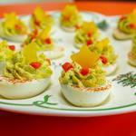 Фаршированные яйца «Рождественские ёлки»