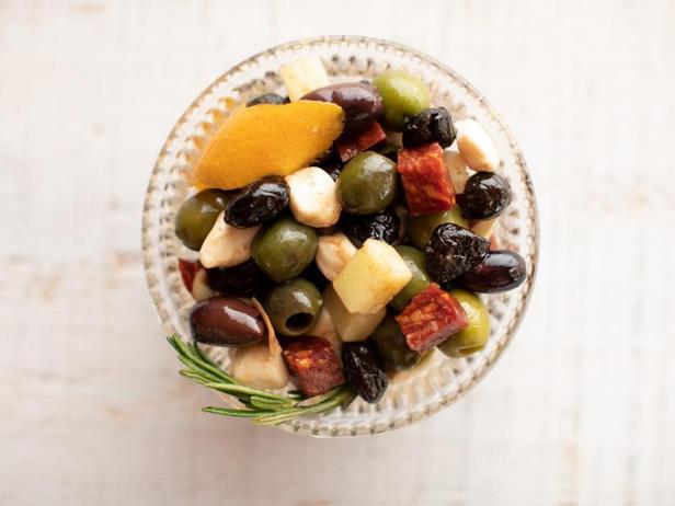 Маринованные оливки по-испански