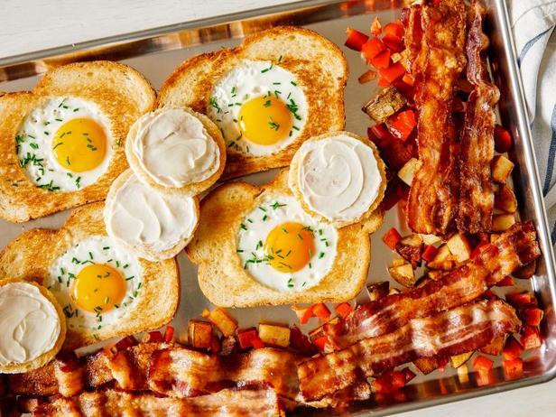 Фото Завтрак на противне