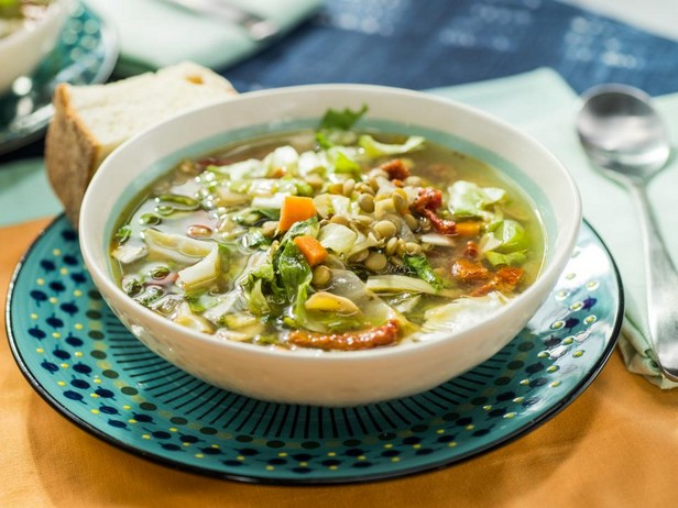 Средиземноморский суп с чечевицей в медленноварке