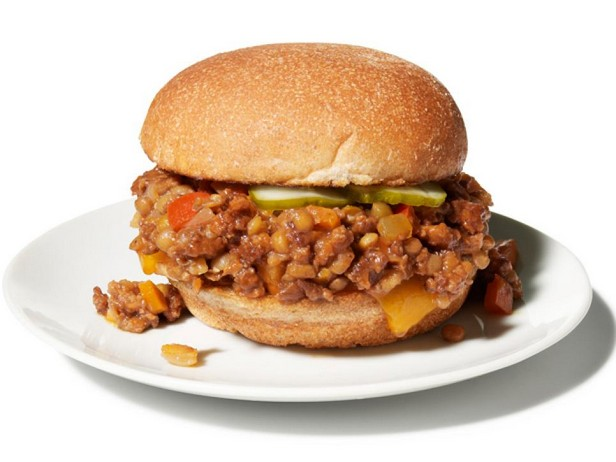 Сэндвич «Слоппи Джо» с чечевицей