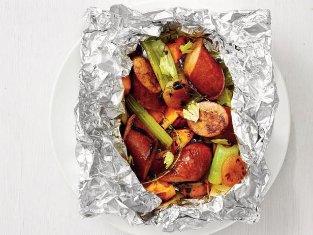 Лучшие рецепты с копченой колбасой