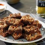 Брауни с арахисовой пастой и солёными кренделями