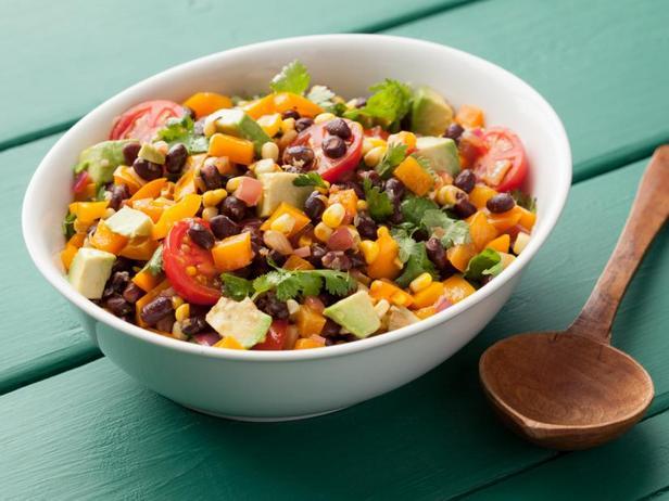 Салат из чёрной фасоли