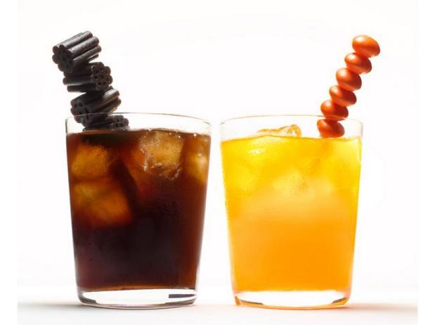 Фото Чёрная и оранжевая водка